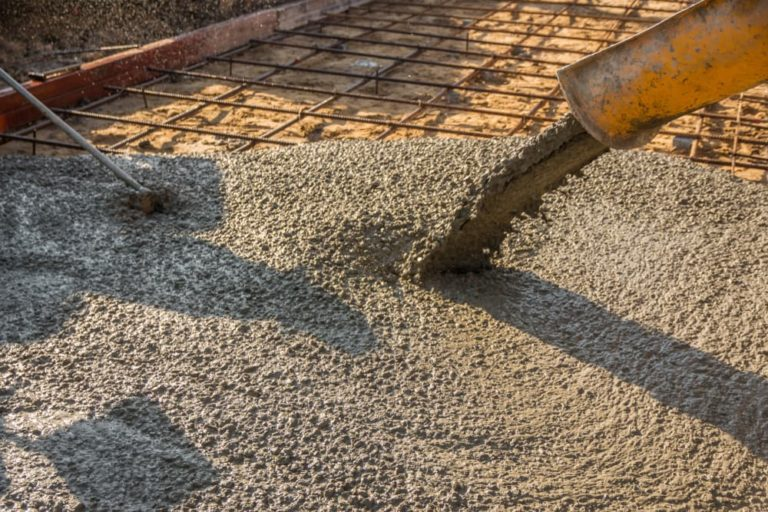 pouring-readymixed-concrete